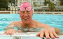 De Zuid-Afrikaanse Kanaalzwemmer tijdens een training in Kaapstad.