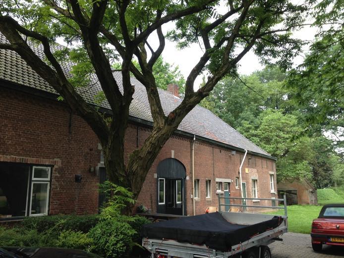 De langgevelboerderij op landgoed De Denneboom in Schijndel wordt ingericht als aula van het uitvaartcentrum.