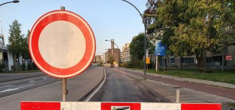 Omrijden in Hengelo: belangrijke kruising in centrum zit dicht