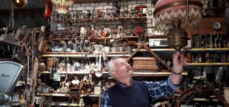 Theo Danen heeft achtduizend mooie verhalen, verborgen in een oude boerenschuur