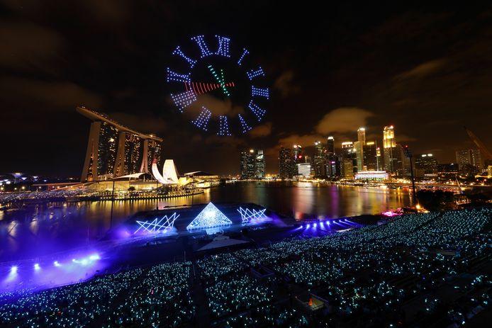 Zo zag de droneshow in Singapore eruit tijdens de afgelopen jaarwisseling. Is dit de toekomst van Zwolle?