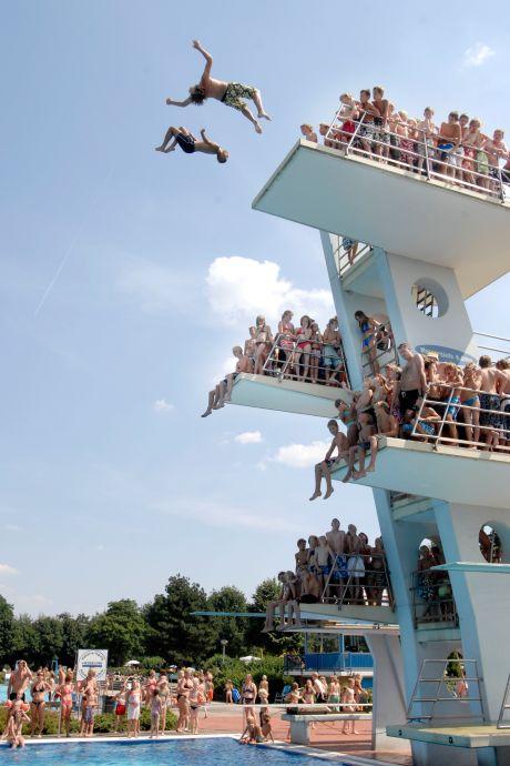 Warme herinneringen aan 'doodenge' duiktoren in Nordhorn
