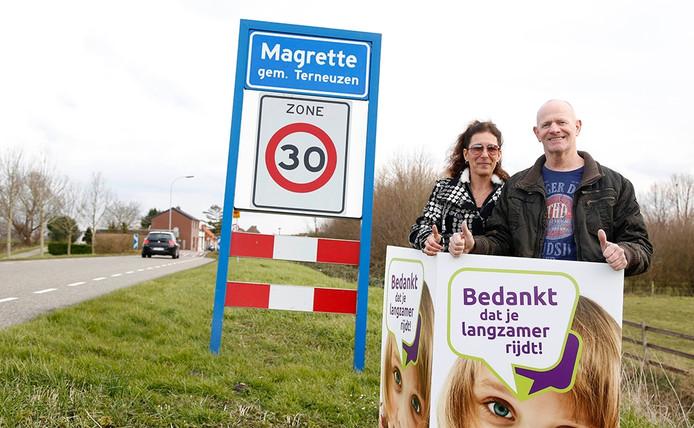 Anja de Groot en Joop Klok doen mee met de verkeersactie in Magrette