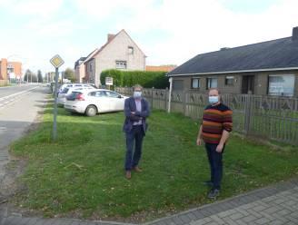 Stad koopt woning om buurtparking te voorzien langs Leernsesteenweg