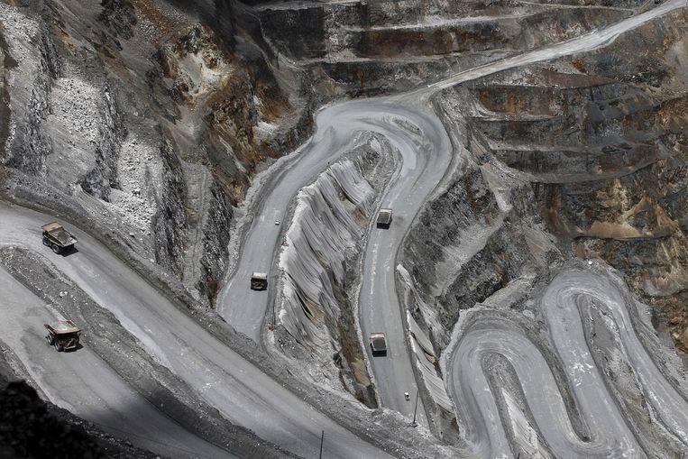 De Grasbergmijn op Papoea is de grootste goudmijn en de derde kopermijn ter wereld. Beeld REUTERS