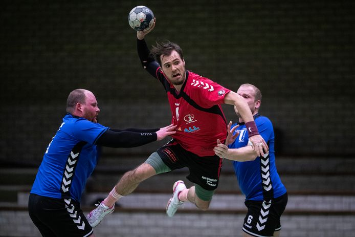 Artemis'15 speelt komend seizoen in de tweede divisie.