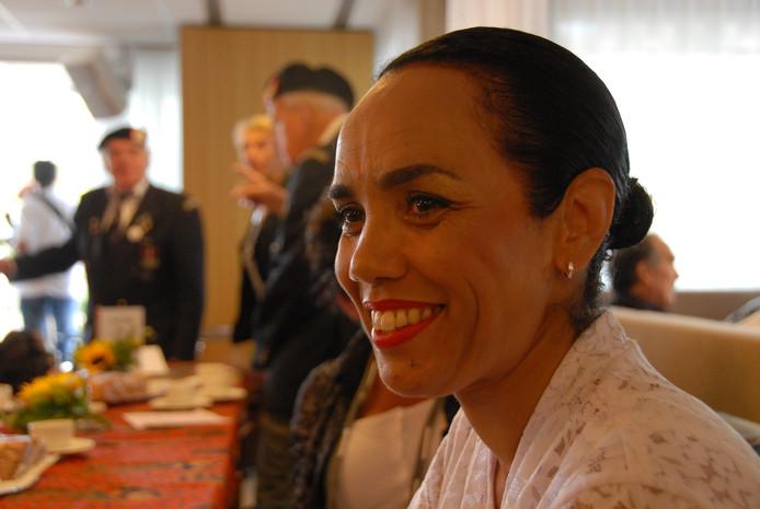 Elvira Nanariain sprak tijdens de herdenking bij het HONI-monument  in Den Bosch.