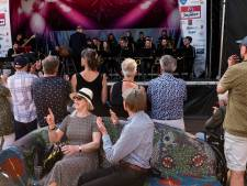 Dansen in korte broek bij BigBand Festival in Goor