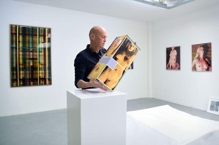 Frank Taal van Galerie Frank Taal: 'Ik ben hoopvol, maar het wordt spannend.' Beeld Marcel van den Bergh