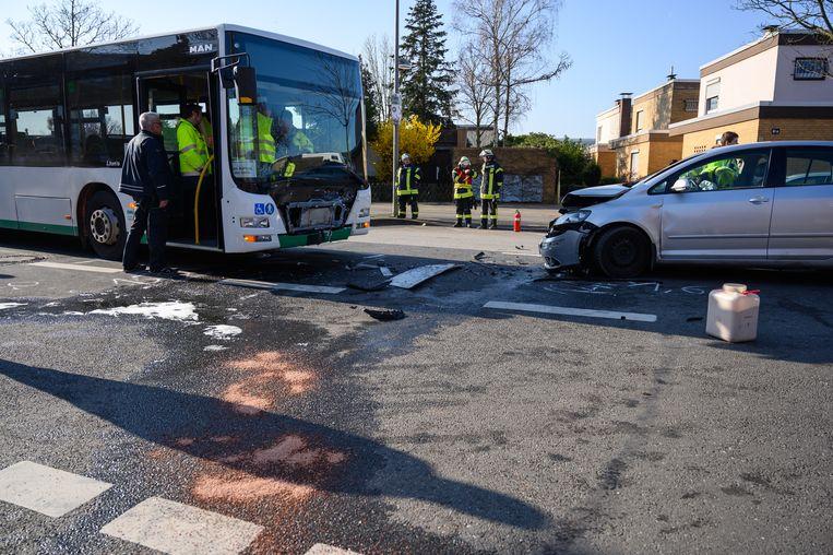 Duitse agenten stellen ter plaatse de precieze omstandigheden van het ongeluk vast.