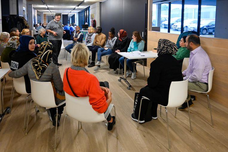 De eerste sessie van Caféklap lokte heel wat volk.