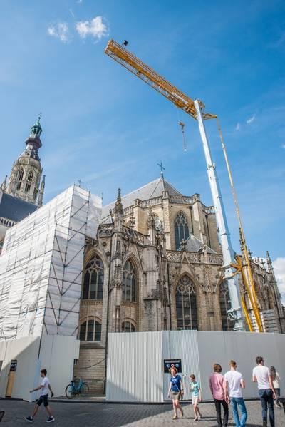 Grote Kerk weer in de steigers: bijna continu wordt er gewerkt aan het gebouw