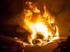 Twee autobranden in één jaar op zelfde adres in Heeze