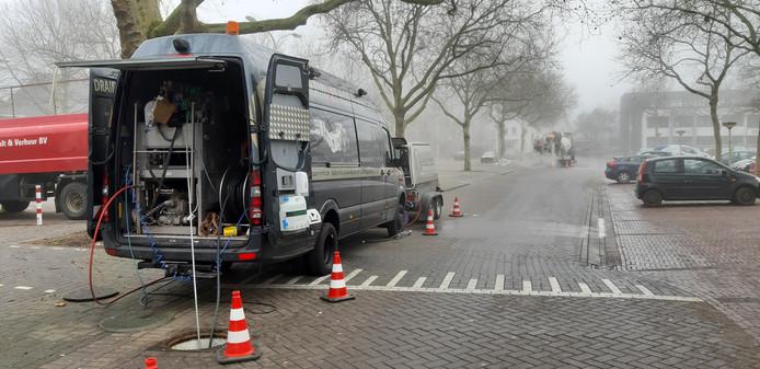 De werkzaamheden aan het riool aan de Tjalmastraat in Doetinchem.