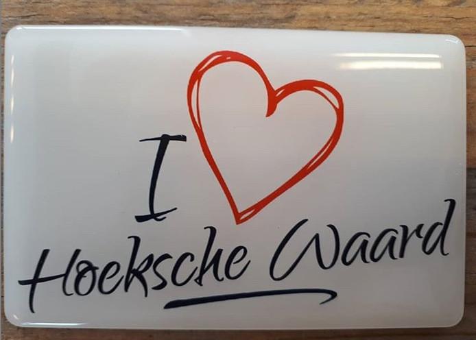 Inwoners van de Hoeksche Waard kunnen hun koelkast opfleuren met deze nieuwe magneet.