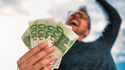 Een loon van 4.000 euro maakt toch iets gelukkiger