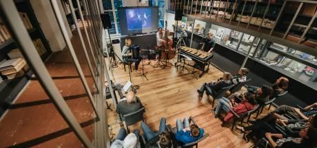 Sterrenwacht Oudenbosch maakt muzikale reis door oneindige woestenij