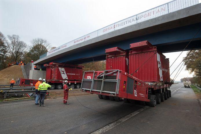 Het nieuwe viaduct over de A3, net over grens in Duitsland.