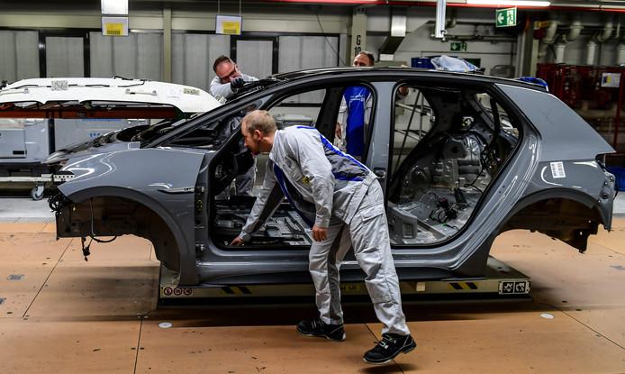 Productie van de elektrische Volkswagen ID.3 in het Duitse Zwickau
