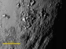 De belles montagnes sur Pluton