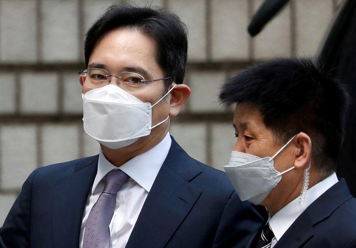 Lee Jae-yong in de rechtszaal tijdens een verhoor.