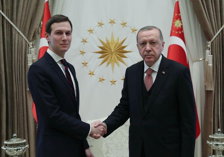 Jared Kushner, de schoonzoon van de Amerikaanse president Donald Trump, en de Turkse president Recep Tayyip Erdogan.