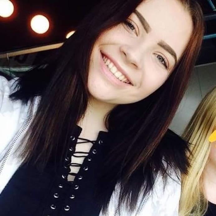 De 17-jarige Clarissa Scholten uit Gouda wordt sinds donderdag vermist.