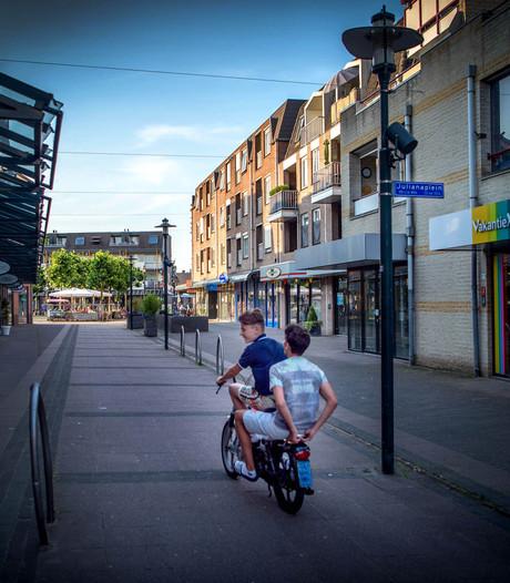 Controles op snelle scooters in Beuningen