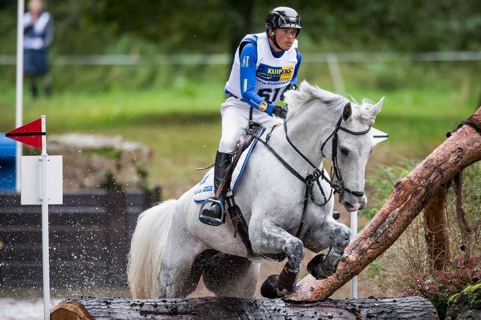 Tim Lips met paard Bayro.