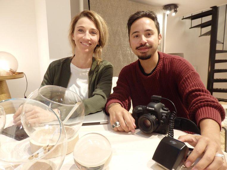 D: Eva Boon (Made for digital) en fotograaf Jesaja Hizkia. Met potlodenkom. Rond. Beeld Hans van der Beek