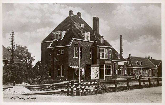 Het station van Rijen uit 1915 is een rijksmonument. Sinds twee
