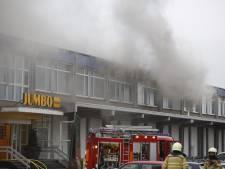 Groot deel online boodschappen komt dit weekend niet door brand bij distributiecentrum Jumbo in Raalte