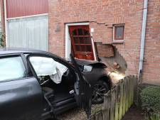 Auto ramt woning vlakbij Catharina Ziekenhuis in Eindhoven