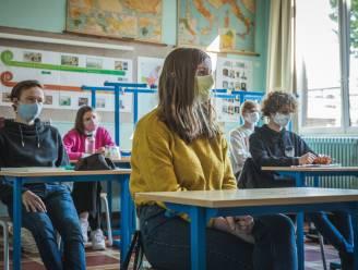 CD&V en Vlaams Belang willen scholieren 'ontmaskeren', maar experts en minister zeggen nee