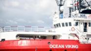 Ocean Viking redt 176 migranten en zoekt Europese haven