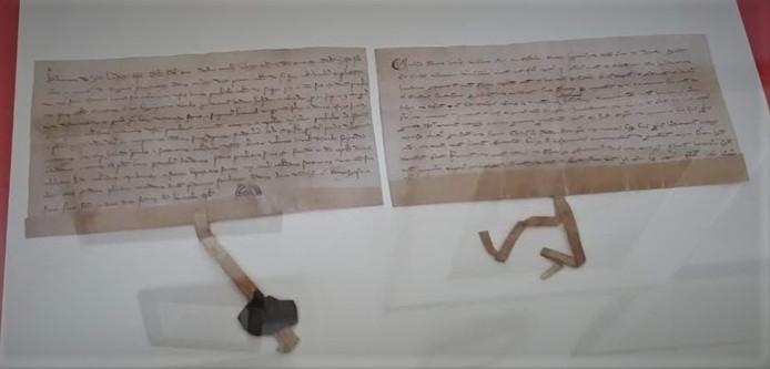 De akte uit 1268 waarin de naam Rosendale voor het eerst wordt genoemd.