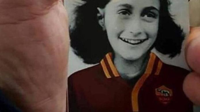 De Italiaanse politie en voetbalautoriteiten zijn een onderzoek gestart naar antisemitische stickers met een afbeelding van Anne Frank, die door aanhangers van de Italiaanse club SS Lazio zijn geplakt.