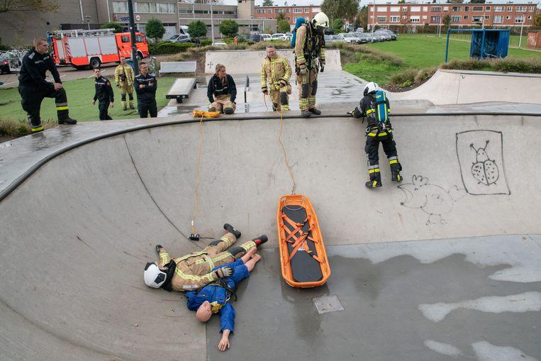 In het skatepark zijn jongeren onwel geworden van de giftige dampen van het chemisch drugsafval.