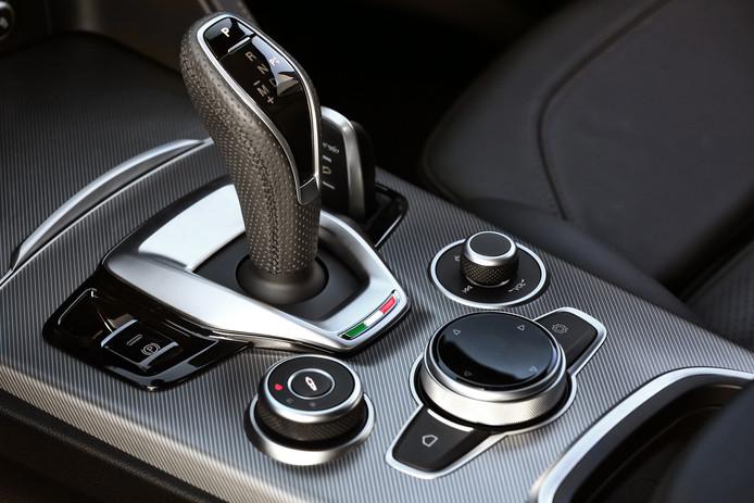 Alfa Romeo's nieuwe pookknop