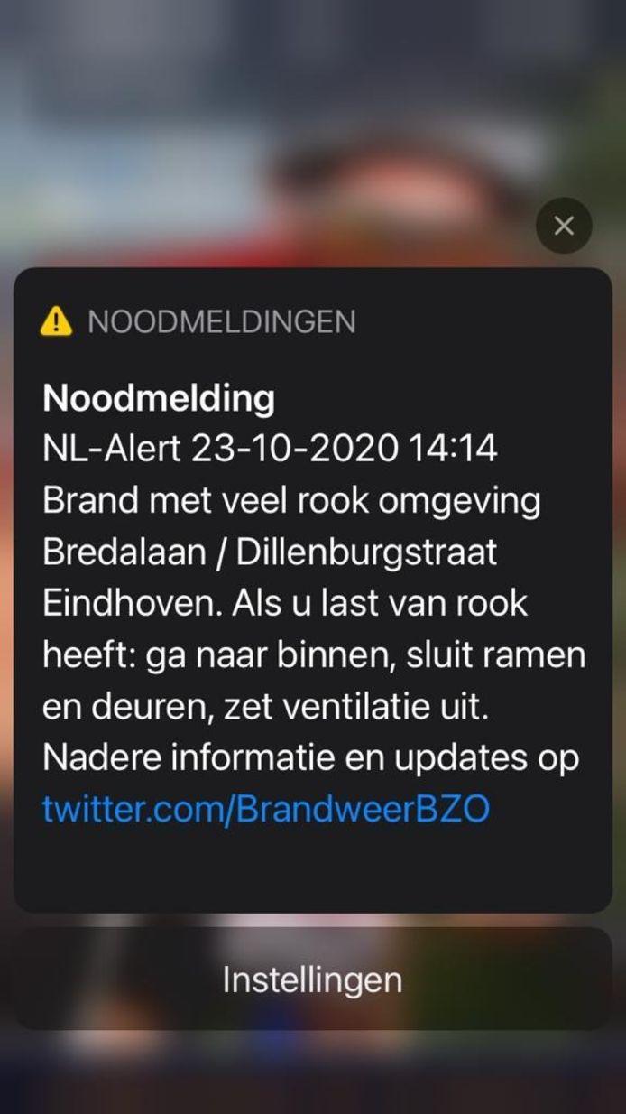 In de omgeving van de brand in Eindhoven is een NL-alert verzonden.