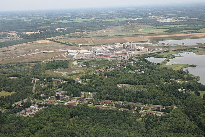 In de omgeving van Nyrstar Budel moet het Duurzaam Industriepark Cranendonck (DIC) komen. Het bestemmingsplan werd onlangs door Raad van State vernietigd in verband met de impasse rond de PAS.