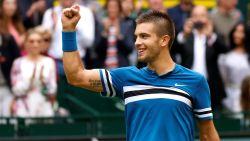 Coric verrast Federer in finale in Halle, Zwitser niet langer nummer 1 van de wereld