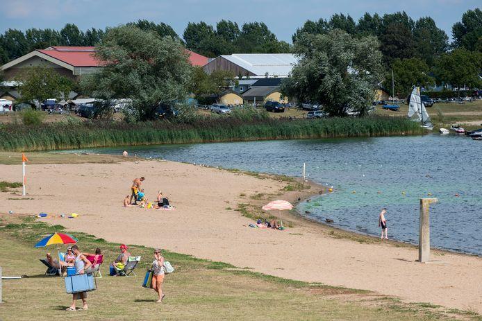 De recreatieplas Eiland van Maurik.