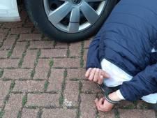 Na wilde achtervolging in binnenstad Zutphen houdt politie inbreker aan
