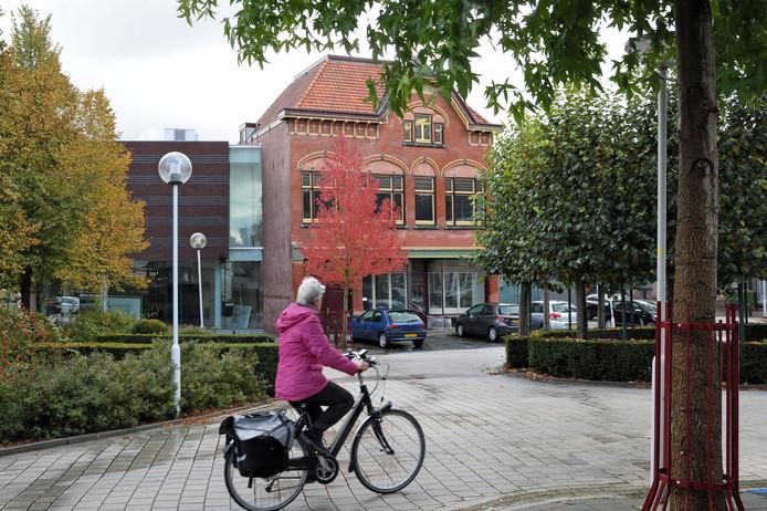 Museum Het Warenhuis aan de Markt in Axel.