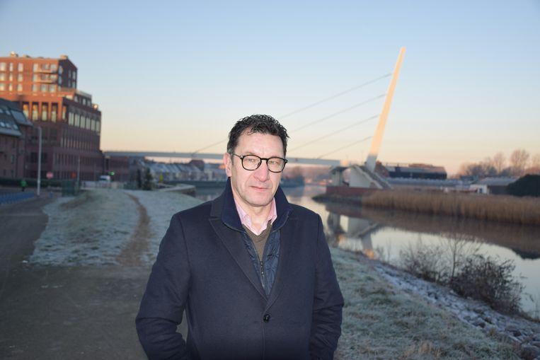 """Marc Peelman van ACV Oost-Vlaanderen: """"Uiteindelijk blijven er meer mensen op zoek naar werk en een uitweg uit de armoede dan de hoera-berichten over de spectaculair dalende werkloosheid doen uitschijnen. """""""