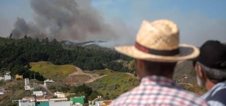 Nederlandse toeristen bezorgd: 'Vuur Gran Canaria kan zich snel verspreiden'