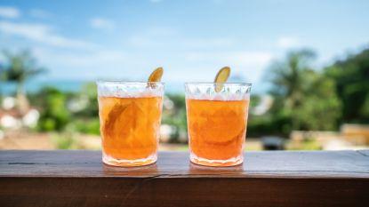 Kan het kwaad om alcohol te drinken in de zon?