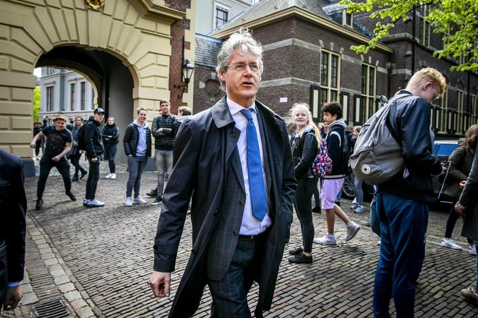 Arie Slob, CU-minister en als Zwollenaar inwoner van de provincie Overijssel, is blij met de voordracht van partijgenoot Andries Heidema als Commissaris van de Koning in zijn provincie.