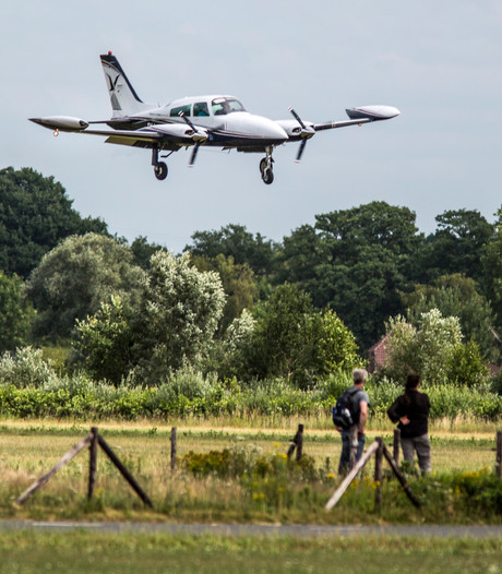 Woede in Voorst over zomaar verzetten bijeenkomst over vliegroutes